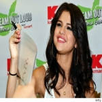 Selena Gomez Perfume Sample